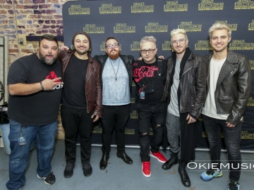 Walk The Moon M&G-12