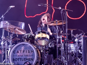 Catfish-and-the-Bottlemen-15