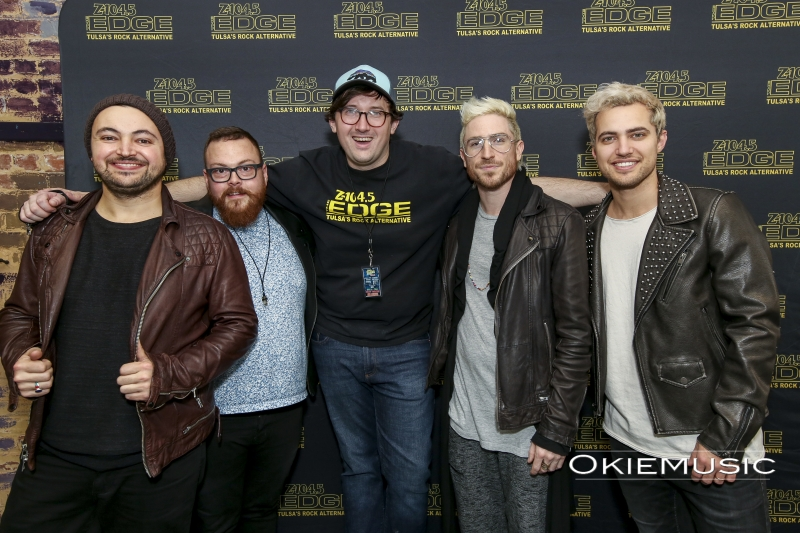 Walk The Moon M&G-17